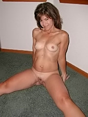 Fresh pictures of mature wife bitch having head