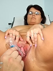 Old big tit woman daniela visits gyno clinic for tits and pussy checkup