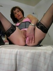 Horny skinny matue slut playing with herself