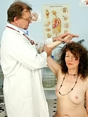 Mature with extremely hairy pussy karla visits gyno doctor