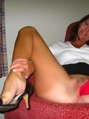 Amateur housewives in hot threesome