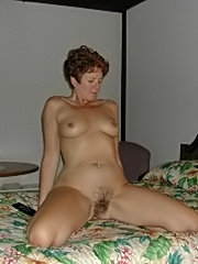 Fucked hard mom gets jizz on hairy twat