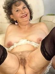 Horny mature old granny in lingerie showing pussy & ass
