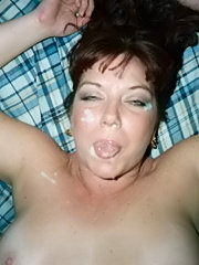 Naked amateur wives from nextdoor giving blowjobs