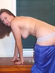 Horny mature got her pussy screwed and tits cummed