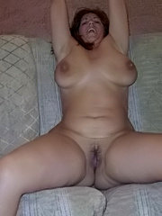 Mature amateur blonde showing tits ass and pussy