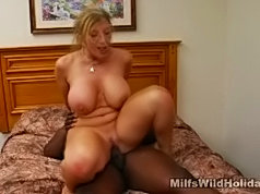 Plump assed mom satisfying her lust for black cock
