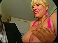 Horny mature housewife tit fucks a strange cock
