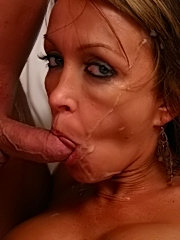 Lusty momma receives a thick cum facial