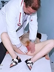 Mature olga visits gyno doctor in his office to have pussy examined
