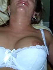 Sexy amateur wives eating cum