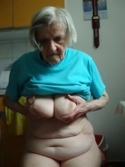 Fat granny hold cock in old mature hands sucking