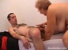 Teen fucker gets seduced and fucked by a big ass mature cunt
