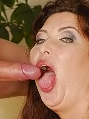 Sugar mature lady sucks cock and gets fucked on bed