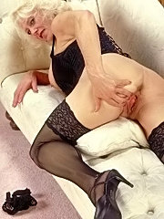 Amazing movies with old slut licking chick?s twat