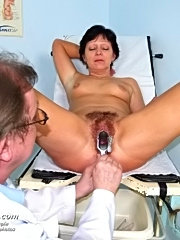 Mature eva comes to gyno doctor to have hairy pussy examined