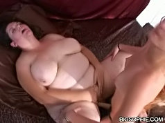 Fat huge ass plumper bbw chubby girl holding chair