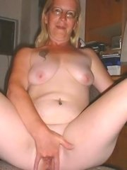 Old ass granny housewifes fucks horny mature style