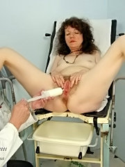 Mature karla visiting gyno doctor to have her very hairy pussy checked up